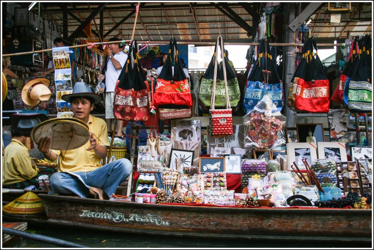 Floating-Market-Bangkok-Thailand4