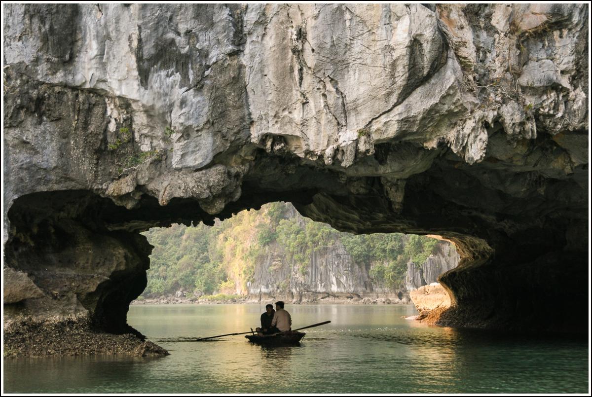 Halong-Bay-Vietnam7