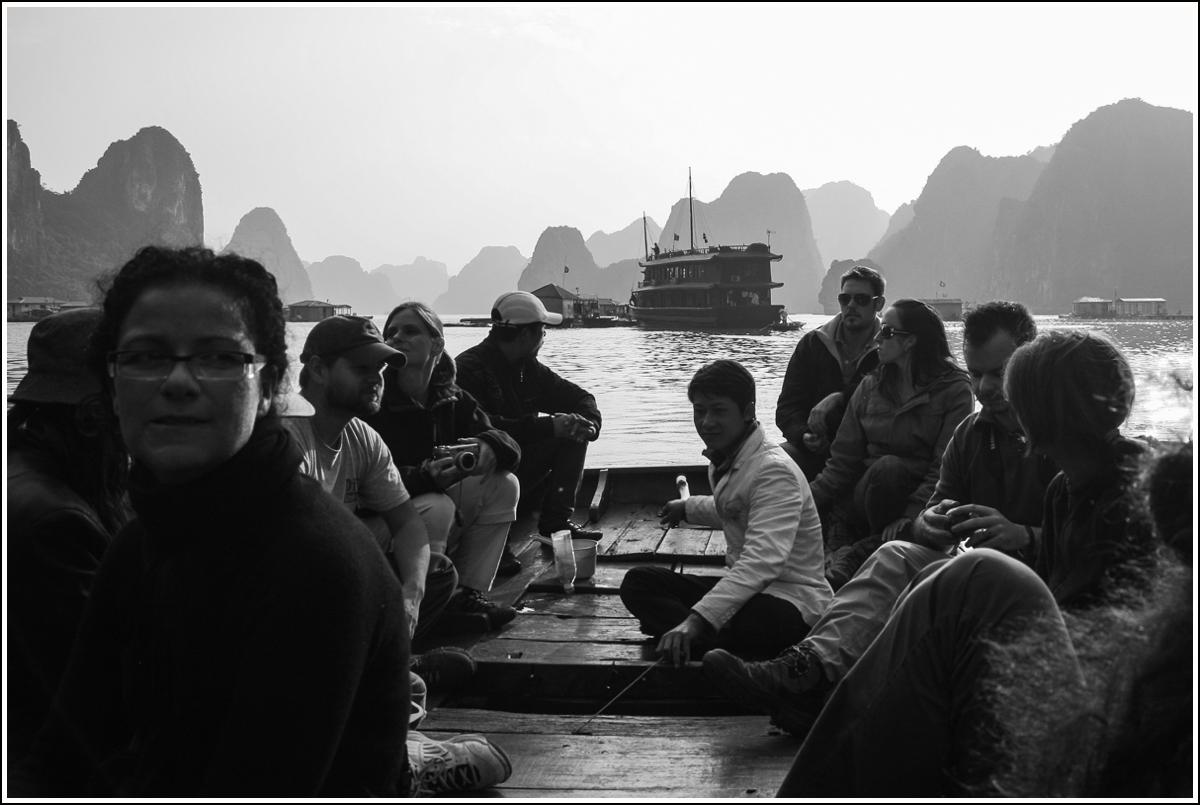 Halong-Bay-Vietnam8