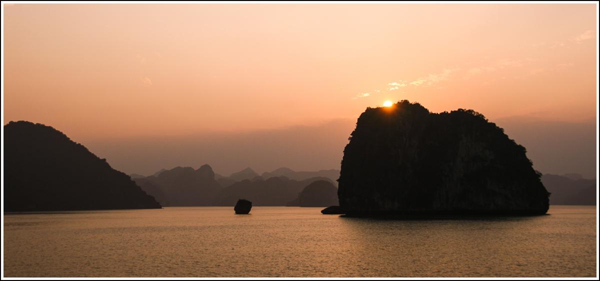 Halong-Bay-Vietnam13