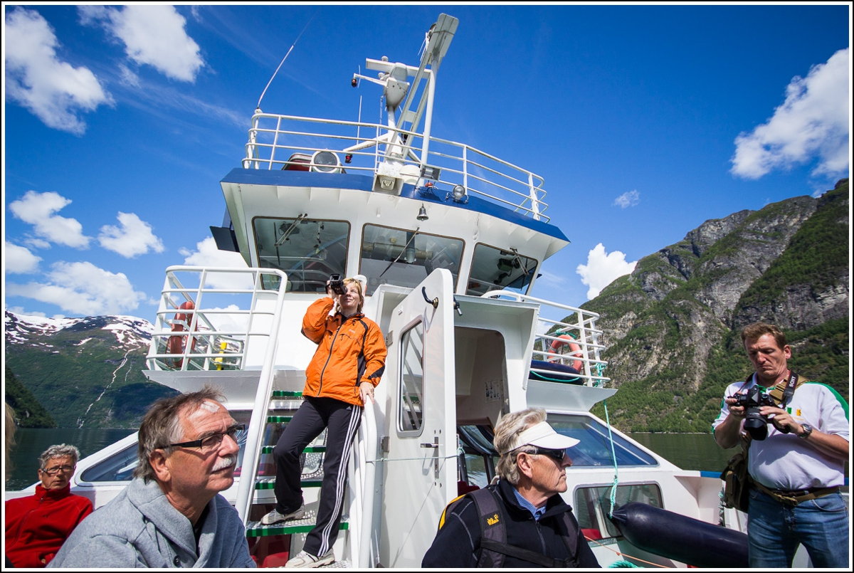 geiranger-boat-sightseeing