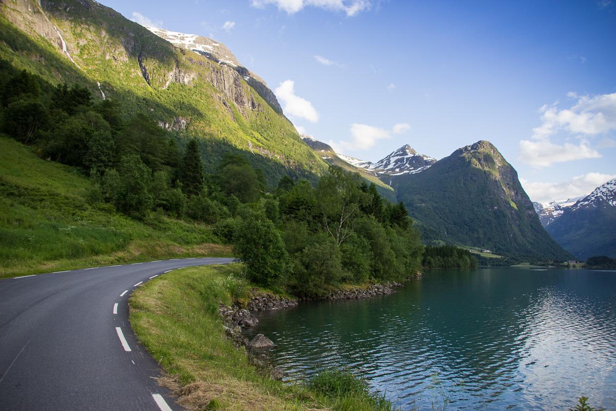 Oldedalen-biltur-Norge