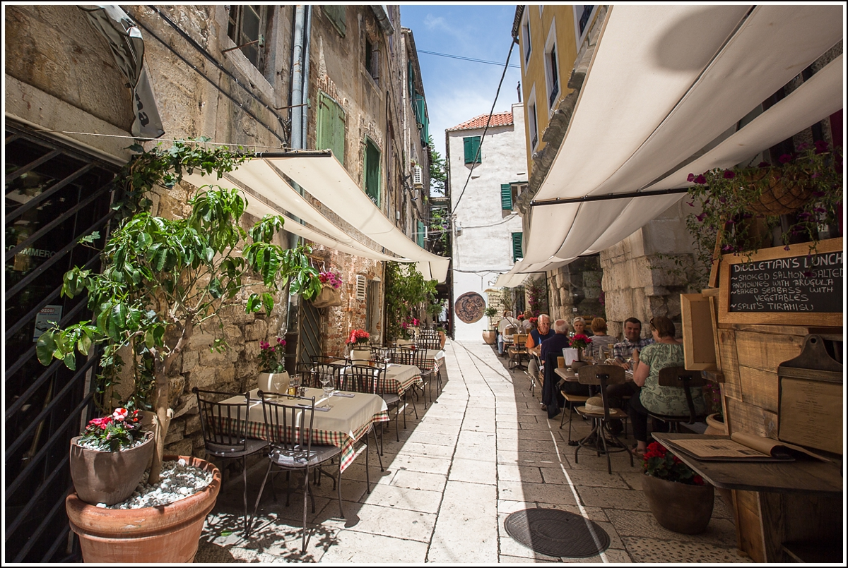 split-old-town-dining