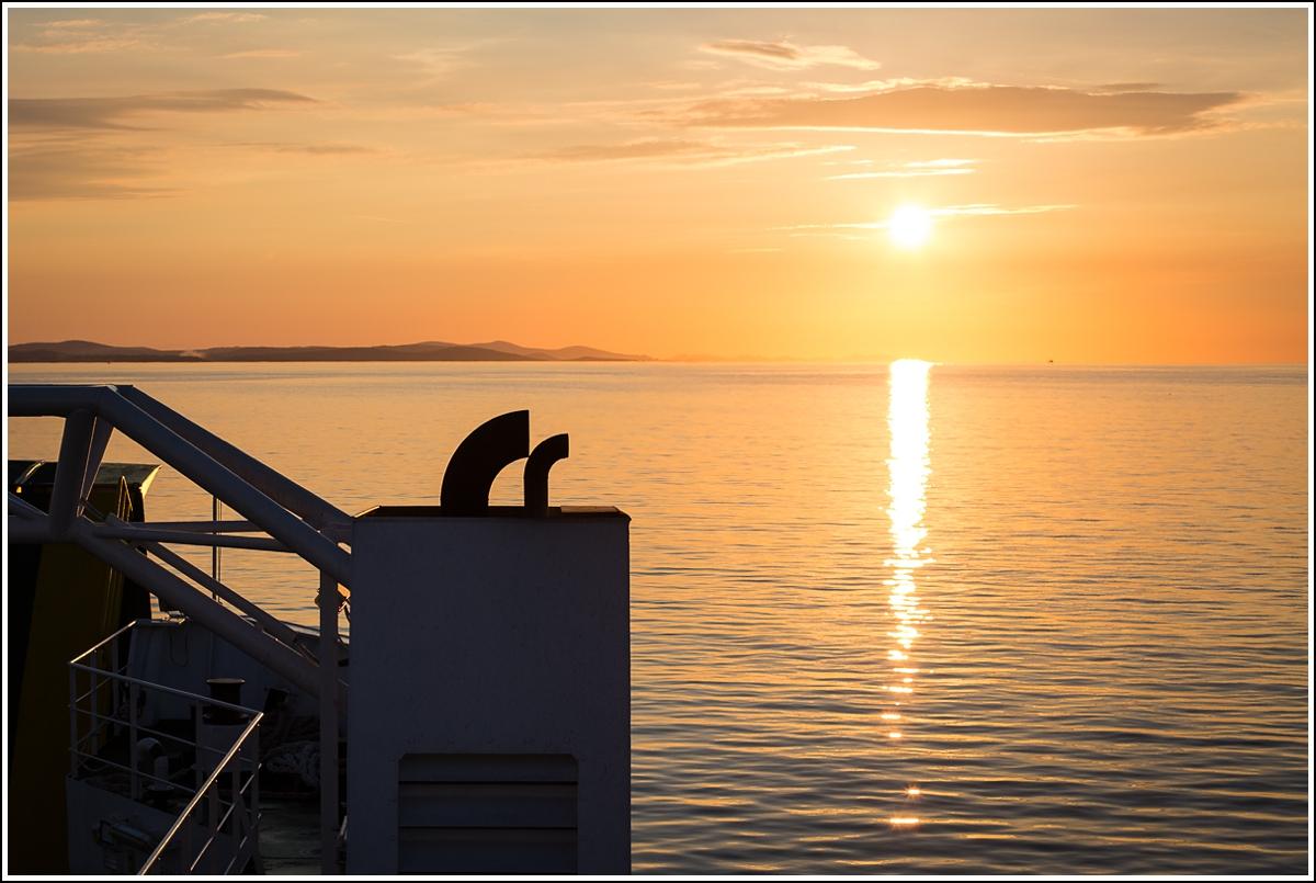 dugi-otok-ferry-sunset
