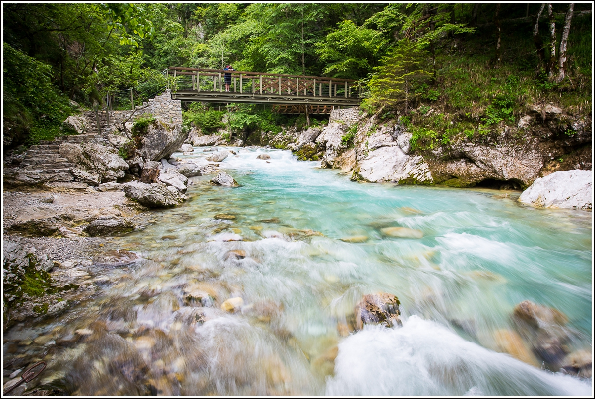 tolmin-gorges-bridge2