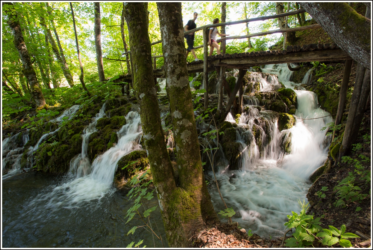 Plitvice-Croatia-river-bridge