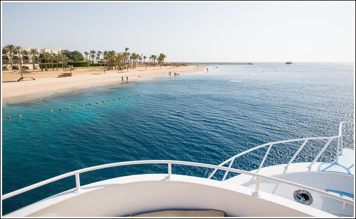 Rødehavet-båt-snorkling
