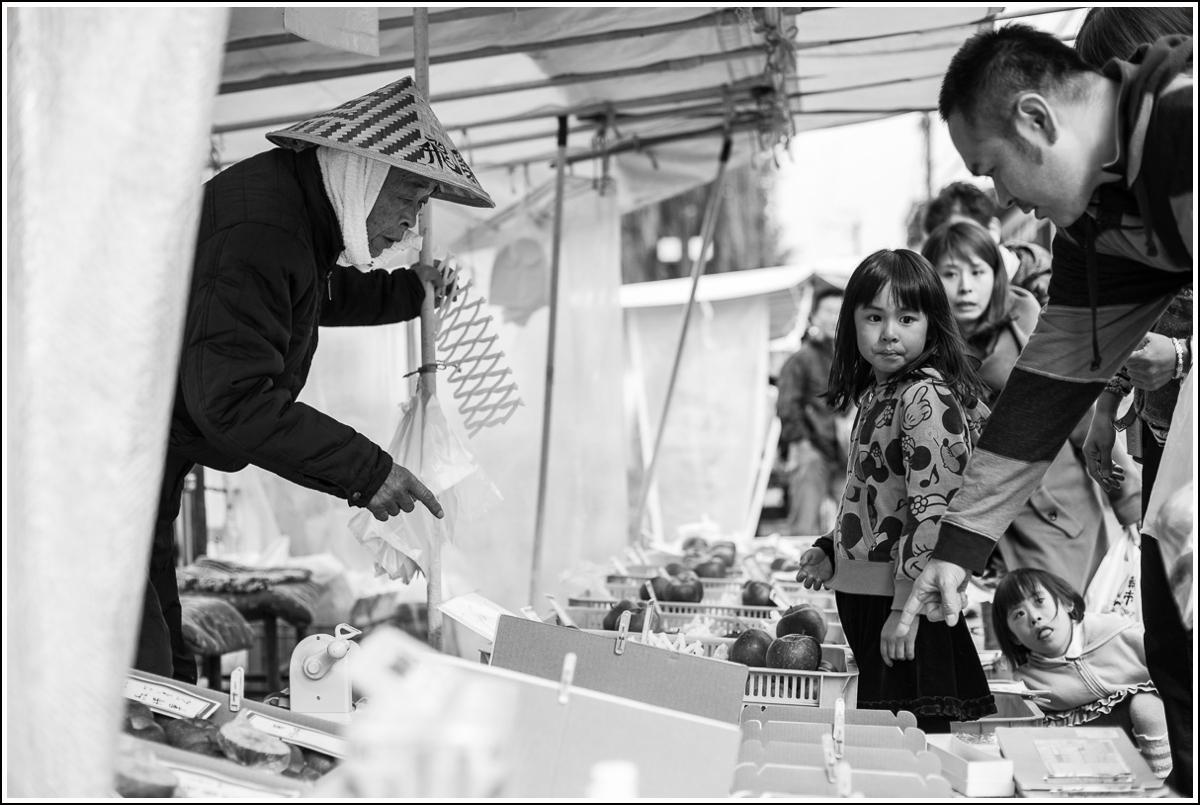 Takayama-morning-market5