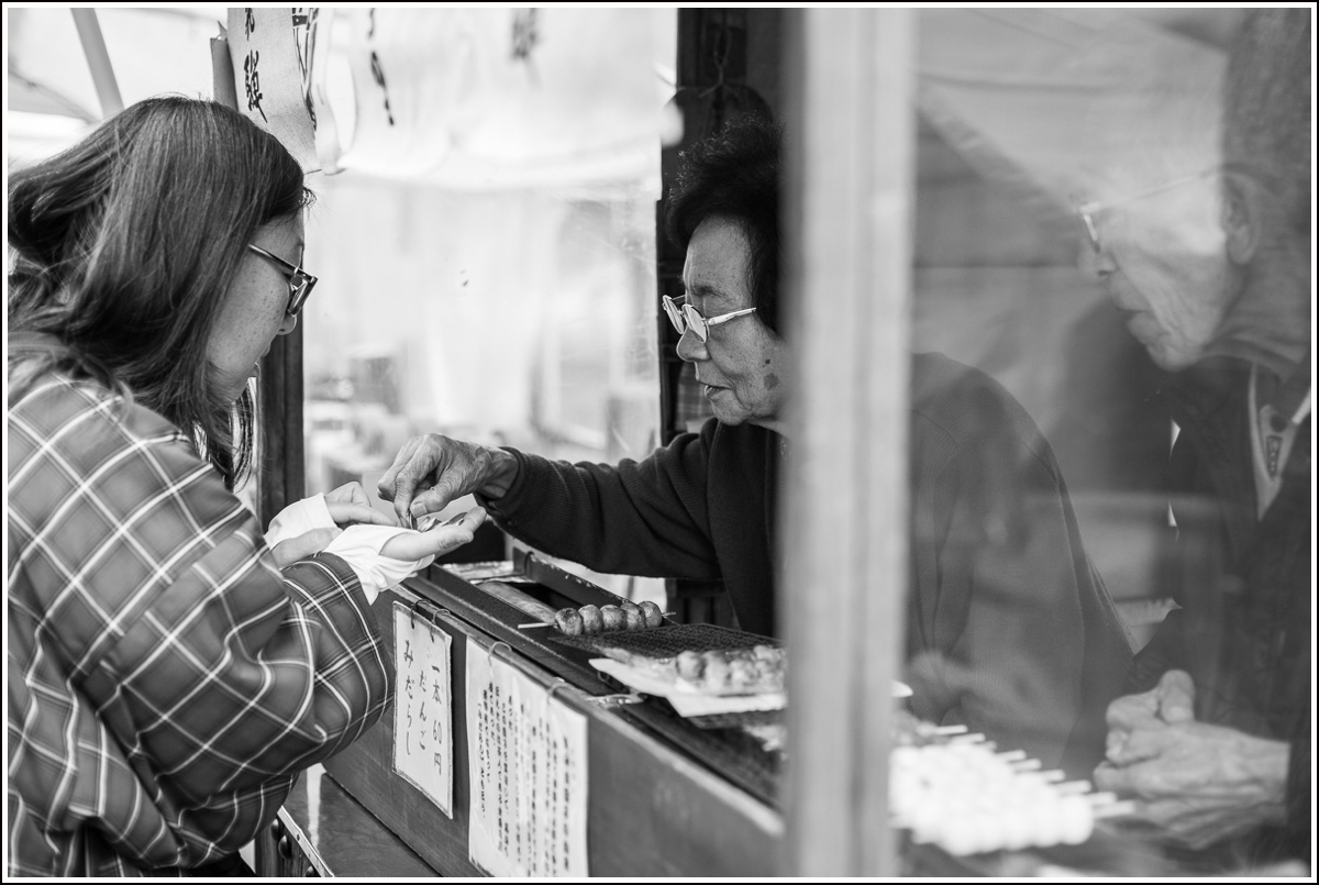 Takayama-morning-market9