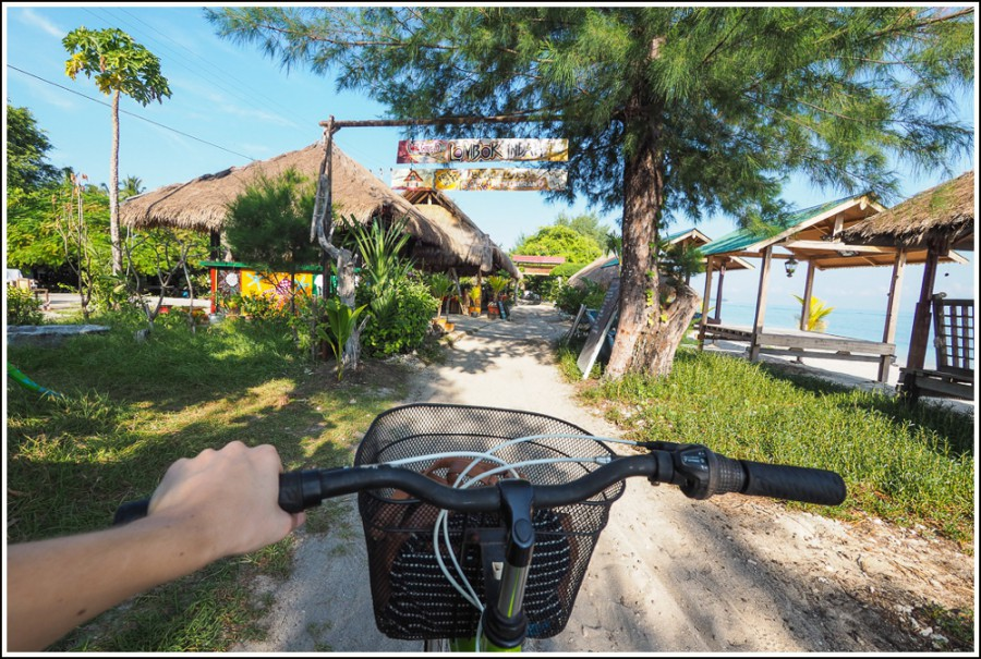 Gili-Air-rent-bicycle