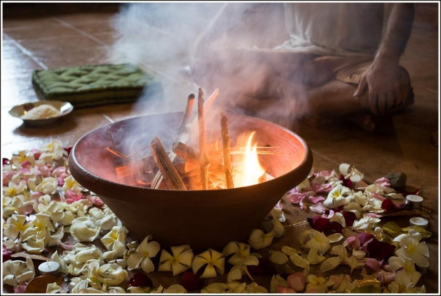 yoga-flame-ritual2
