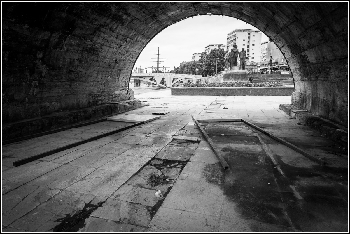 Skopje-Makedonia-old-bridge