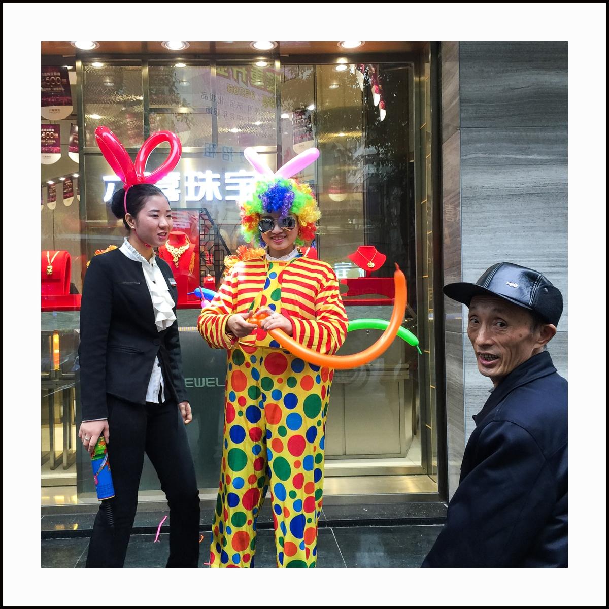yibin guys Handsome guesthouse, yibin – boka med bästa pris-garanti 18 recensioner och 26 bilder finns på bookingcom.