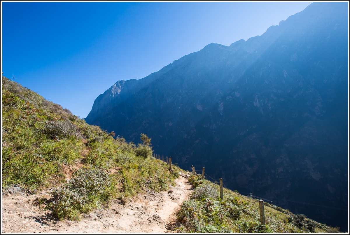 Tiger-Leaping-Gorge-view