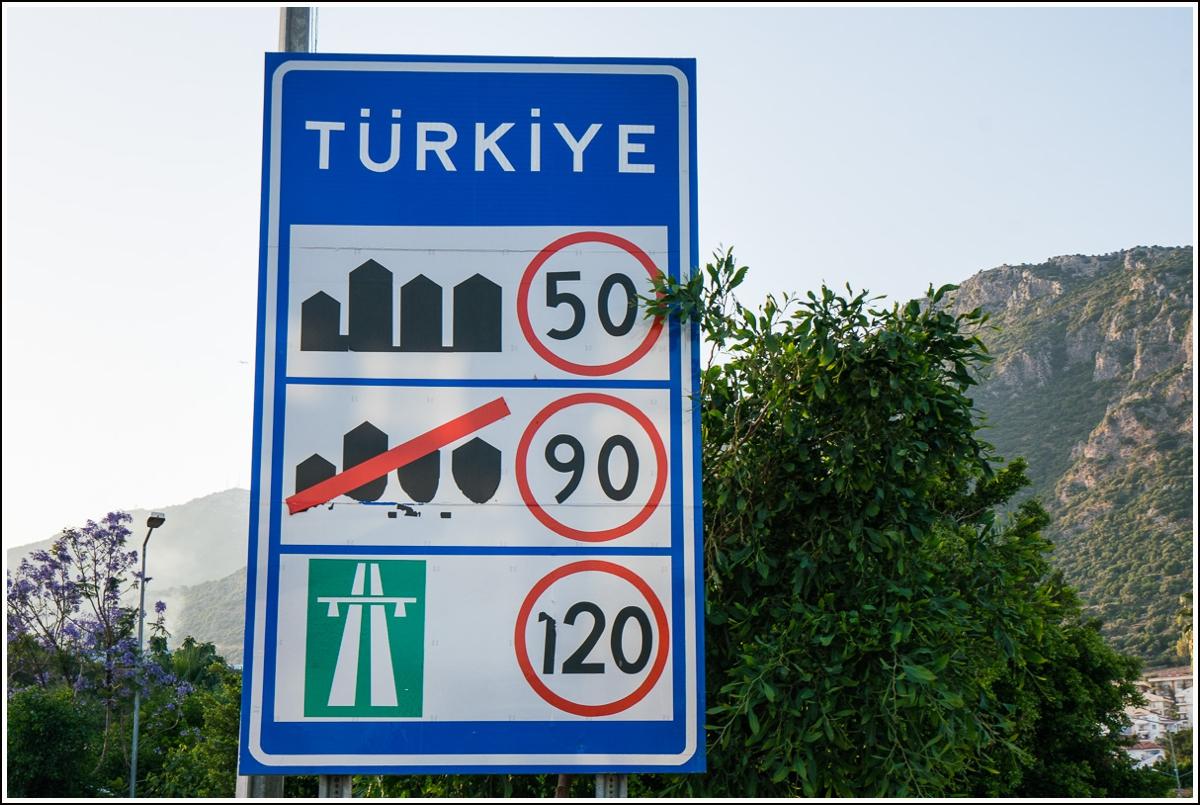 fartsgrenser for bilkjøring i Tyrkia