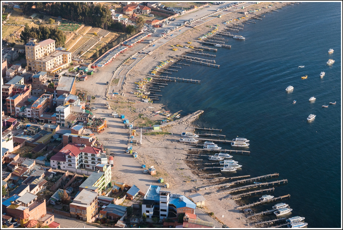 Stranda i Copacabana ved Titicacasjøen i Bolivia