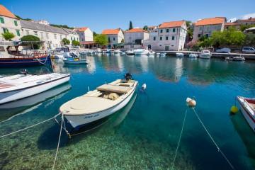 Kjøre bil til Brac Øyhopping i Kroatia